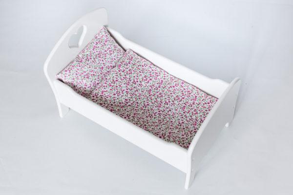 Drewniane łóżeczko dla lalek z pościelą - białe - różowa łączka