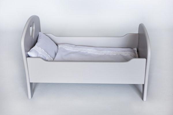 Drewniane łóżeczko dla lalek z pościelą - jasnoszare