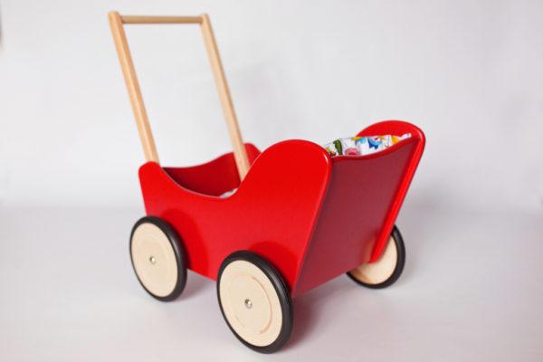 Drewniany wózek dla lalek - pchacz Tola - czerwień połączona z naturalnym drewnem