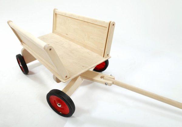 Drewniany wózek do ciągnięcia z dyszlem Antek
