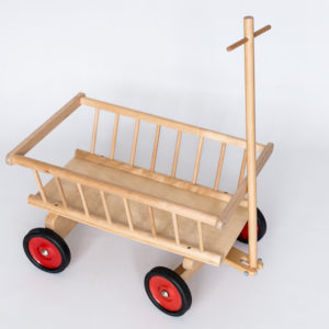 Drewniany wózek do ciągnięcia z dyszlem Emil